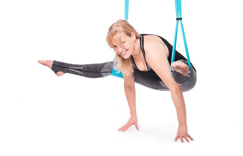 Flying yoga workshop på Hagabadet Drottningtorget